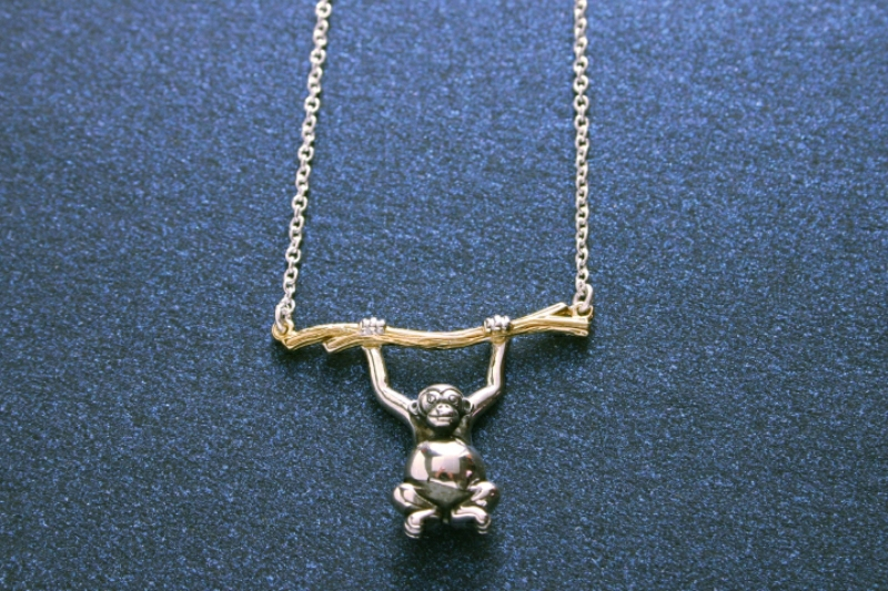 MONKEY NECKLACE SILVER