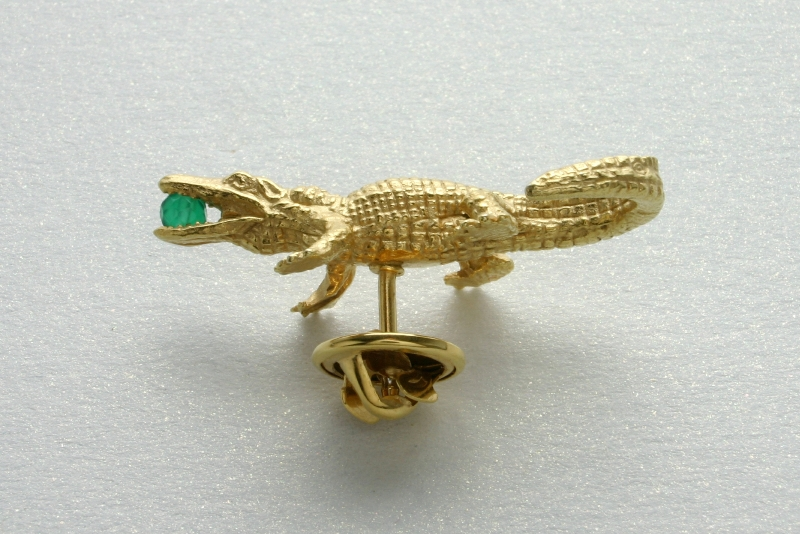 GIFTS FOR HER, GOLDPLATED CROCODILE PIN WITH JADE