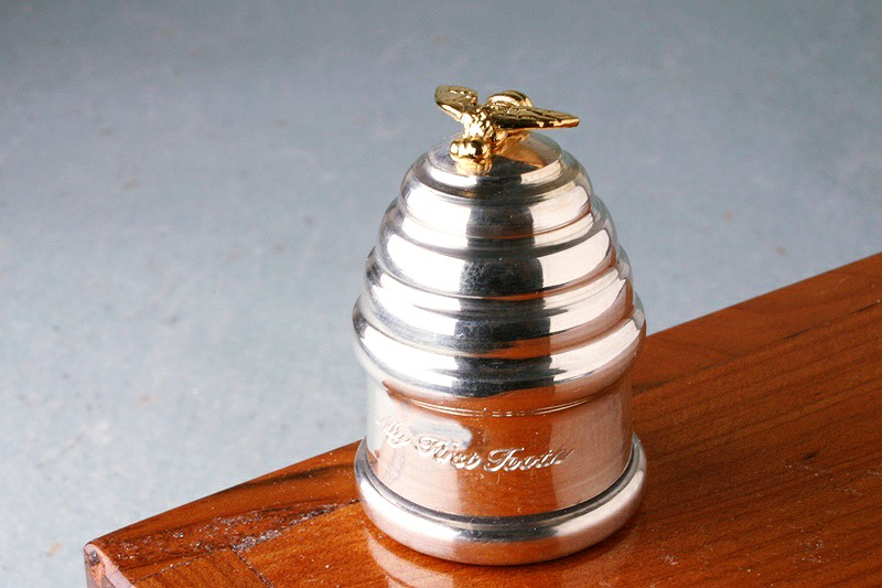Bee Tooth Box In Silver