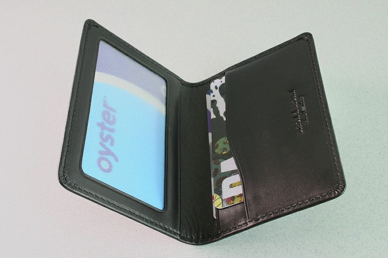 TRAVEL CARD HOLDER