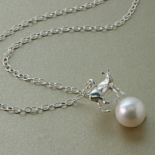 DEER AND PEARL NECKLACE