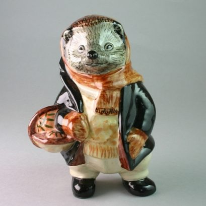 """HARRY HEDGEHOG FIGURE"