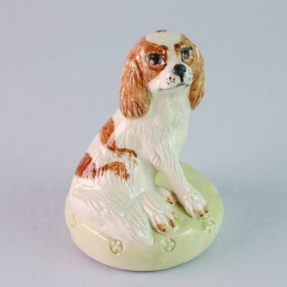 BLENHEIM KING CHARLES SPANIEL