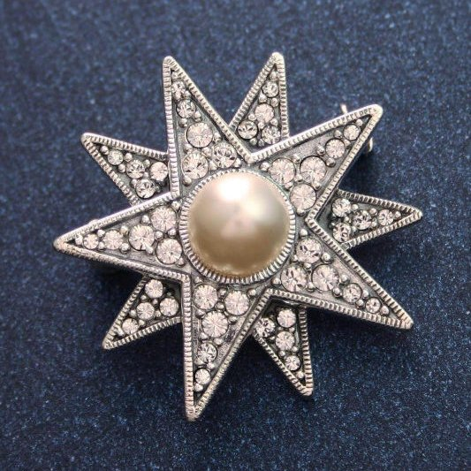 Star Brooch Crystal And Pearl