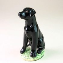 BLACK LABRADOR FIGURE