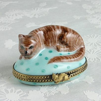 CAT LIMOGES BOX HAND PAINTED