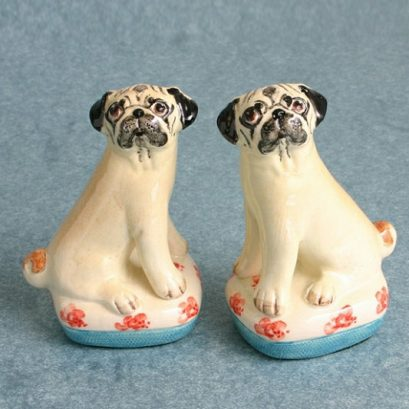 SMALL PUG DOG FIGURES