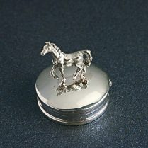 STERLING SILVER HORSE BOX