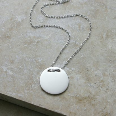 SILVER BUTTON DISC NECKLACE