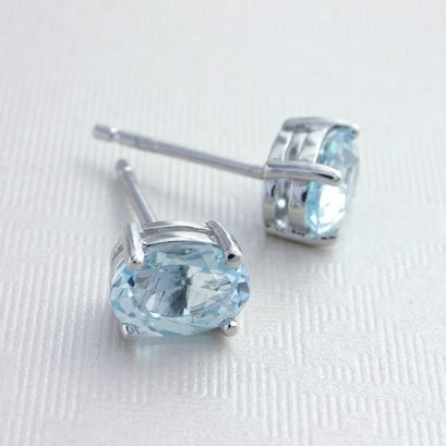 TOPAZ SILVER STUD EARRINGS