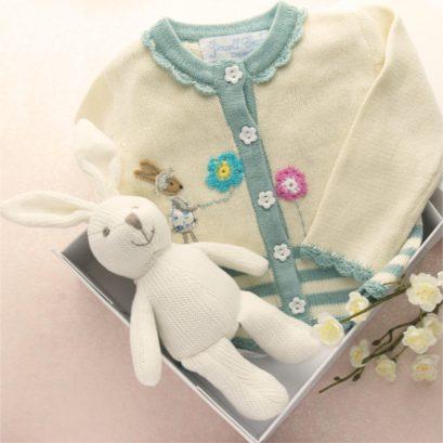 NEW BABY GIRL GIFT BOX