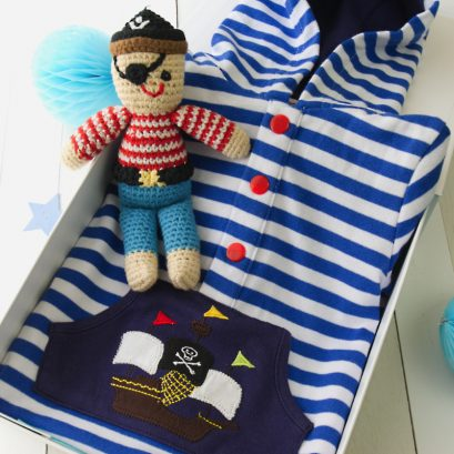 PIRATE NEW BABY GIFT BOX
