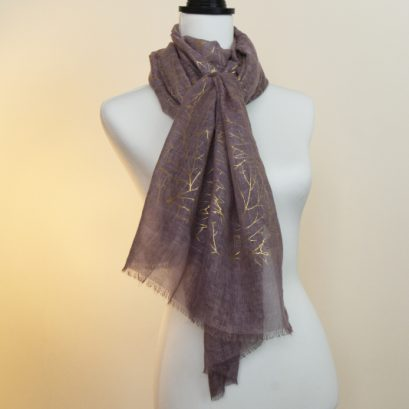 LIGHT PLUM AND GOLD SCARF